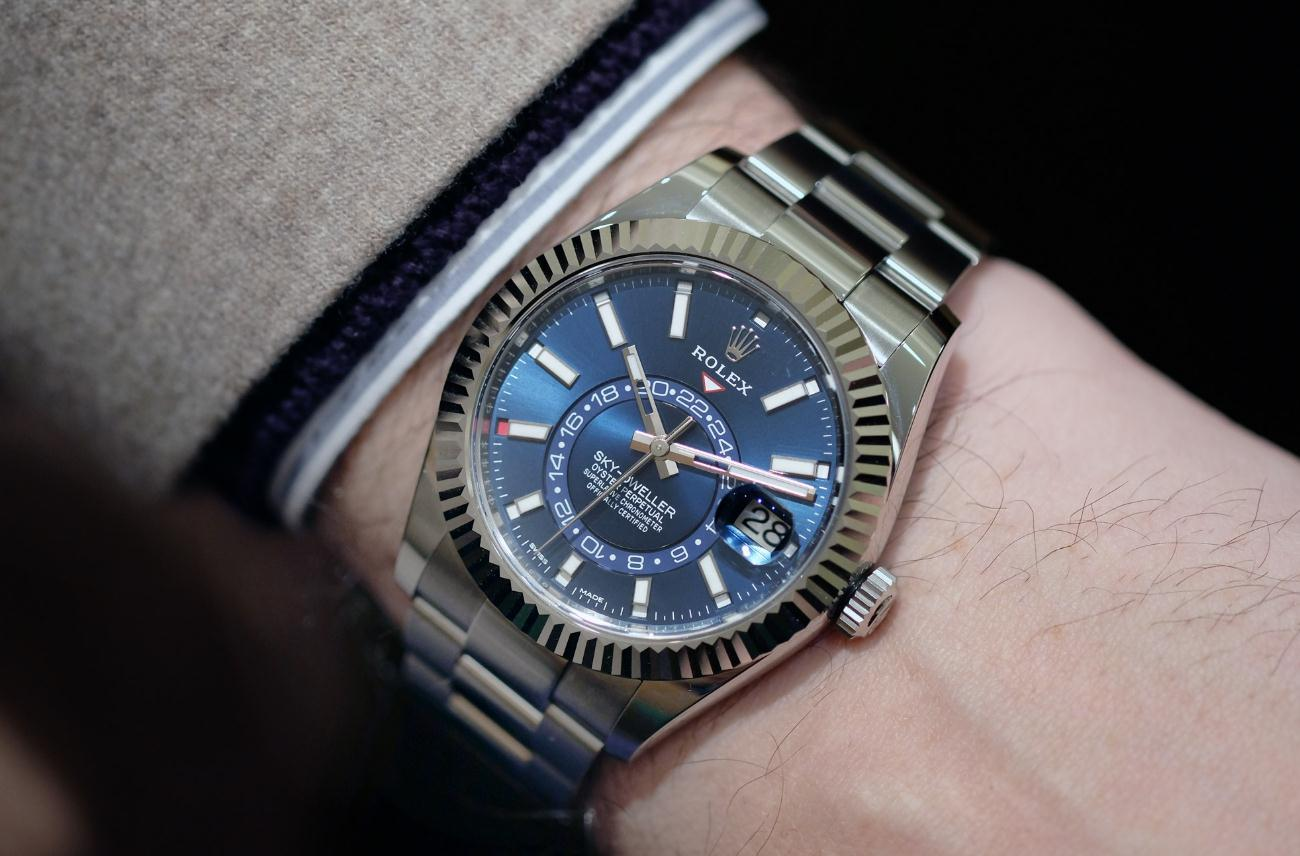 The outstanding replica Rolex Sky-Dweller 326934 watches are worth for men.