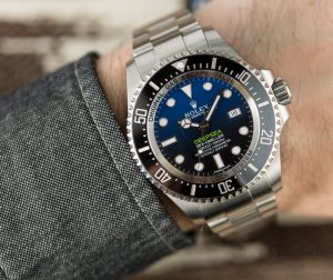 The water resistant replica Rolex Sea-Dweller Deepsea 126660 watches are worth for divers.
