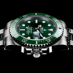 The durable copy Rolex Submariner Date 116610LV watches can guarantee water resistant to 1,000 feet.