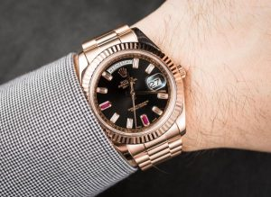 The everose gold replica watches are worth for men.