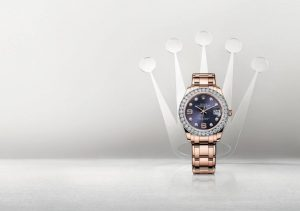 The 39 mm copy watches are made from 18ct everose gold.
