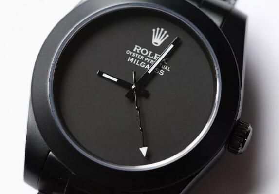 The white words on the black dial are striking on the black dial.