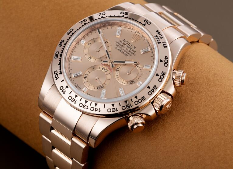 AAA replica watches online are classic for 40mm cases.